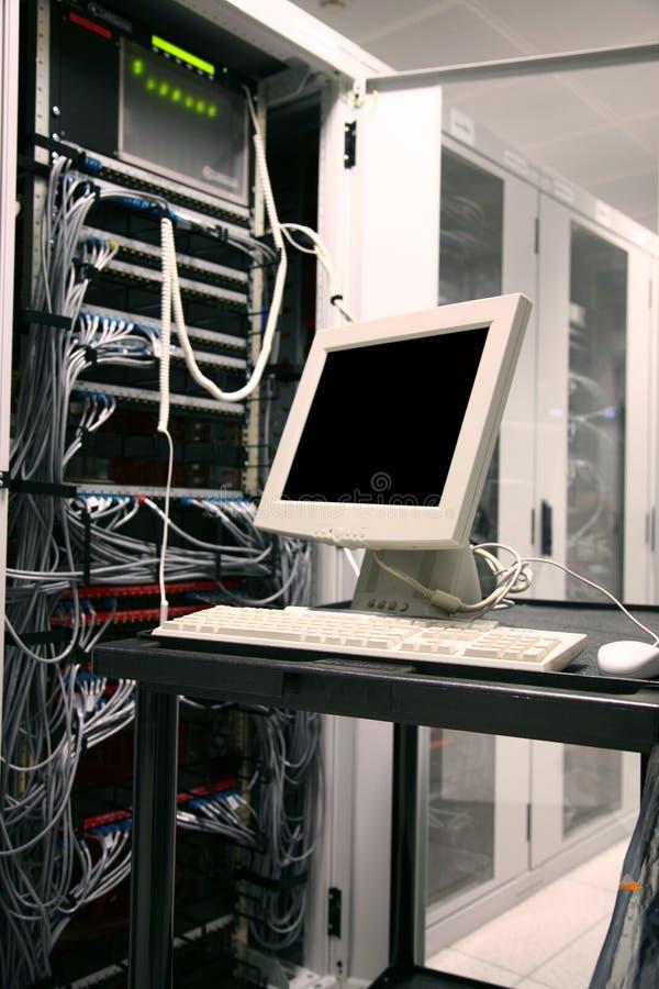 стержень сервера