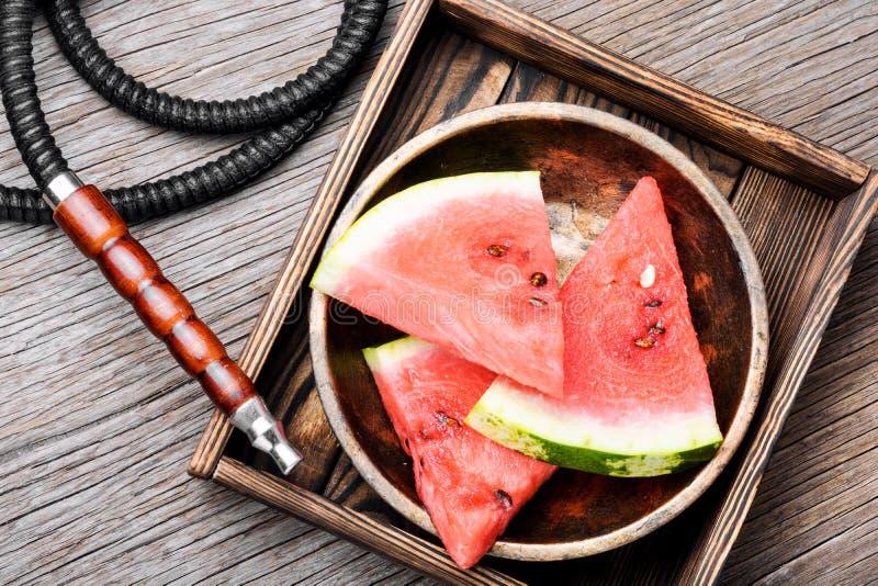 Стильный ретро кальян с вкусом арбуза стоковое фото