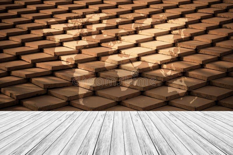 Стиль поверхности текстуры крыши плитки винтажный с деревянными террасой и wo стоковое изображение rf