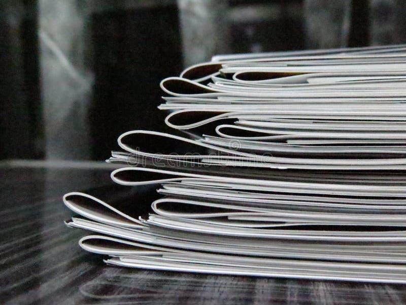 Стог буклетов стоковое изображение rf