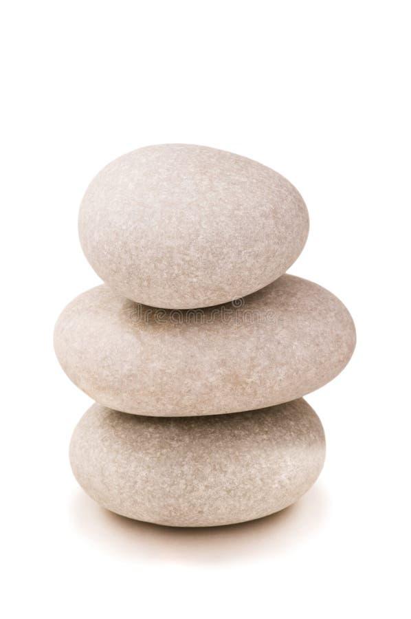 Стог изолированных камушков стоковые изображения rf