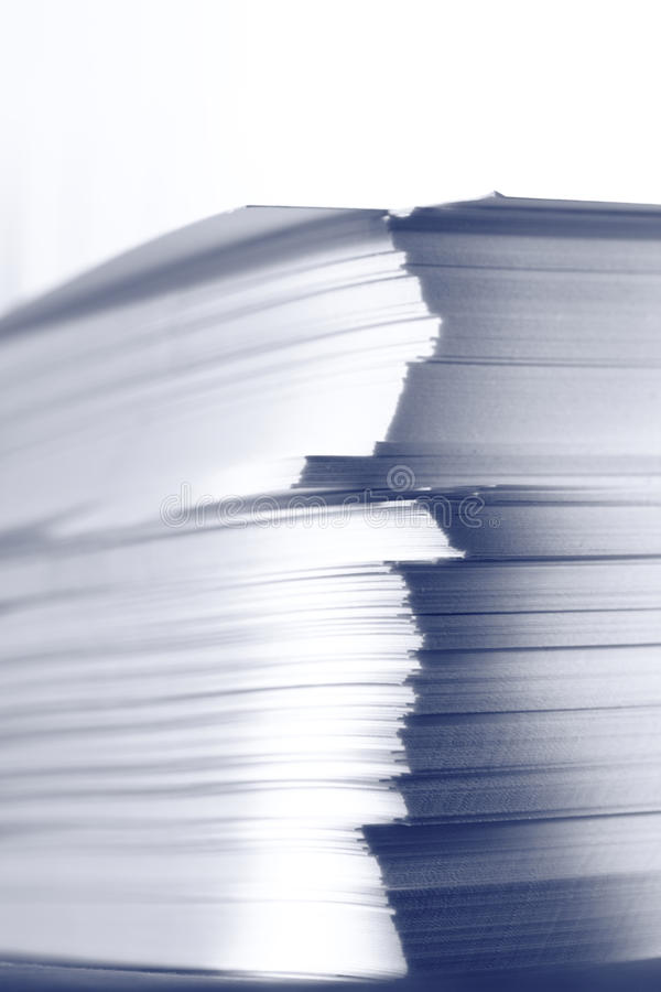 Карточки белой бумаги стоковые фото