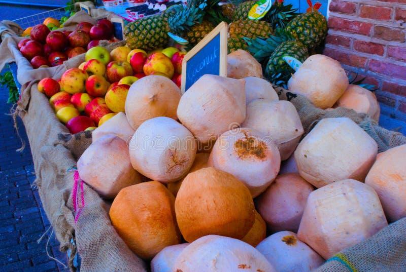 Стог кокосов стоковое изображение rf