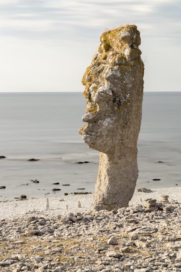 Стог моря на Langhammar, Готланде в Швеции стоковые фотографии rf