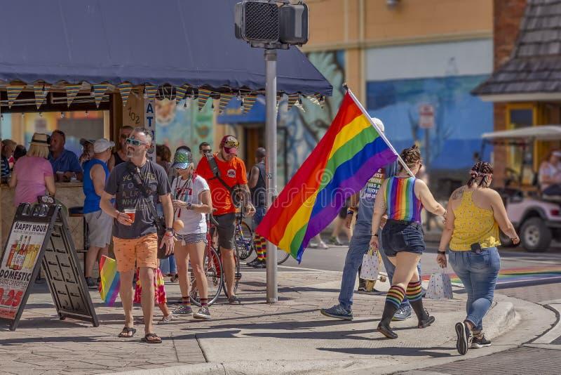 Стоимость озера, Флорида, США 31-ое марта 2019 раньше, гей-парад Palm Beach стоковое изображение rf