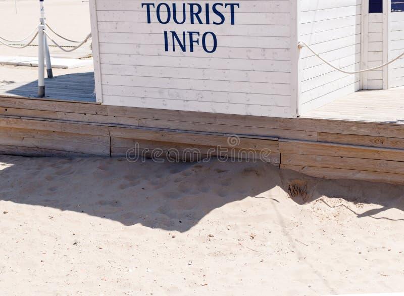 Стойка туристической информации стоковые изображения