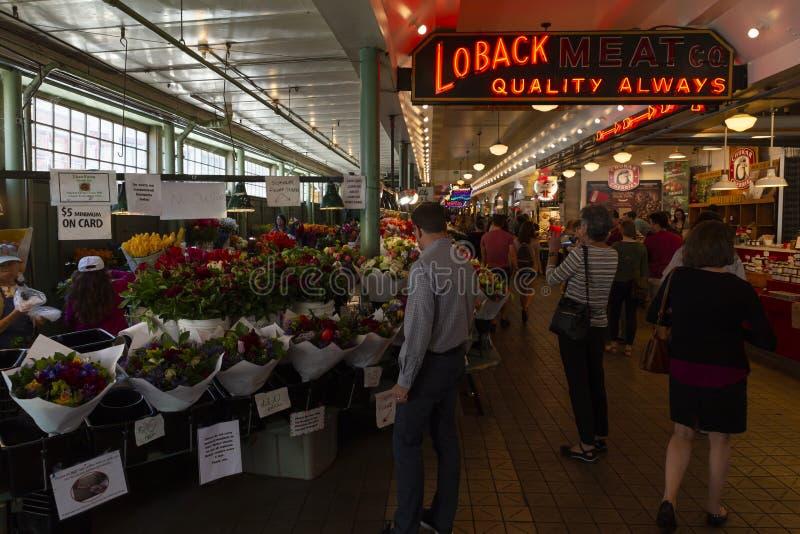 Стойка цветка открытого рынка места щуки Сиэтл стоковое фото rf