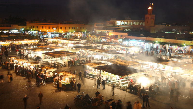 стойл ночи marrakesh Марокко еды fna el djema стоковые фото