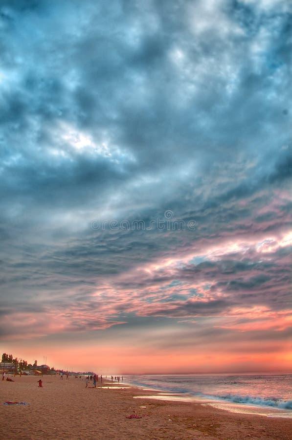 столб утра hdr обрабатывая шторм моря стоковое изображение rf