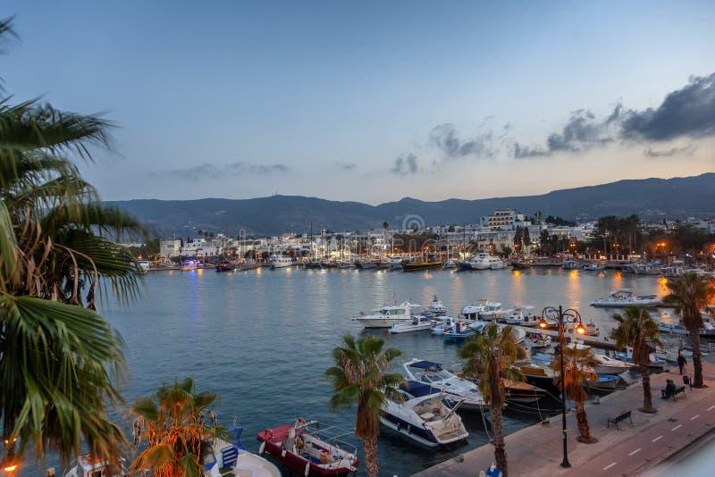 Столица острова Kos, Греции, взгляда города и m стоковые изображения