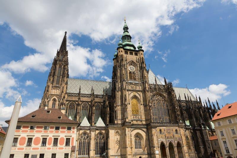 Столичный собор Святых Vitus, Wenceslaus и Adalb стоковое изображение rf