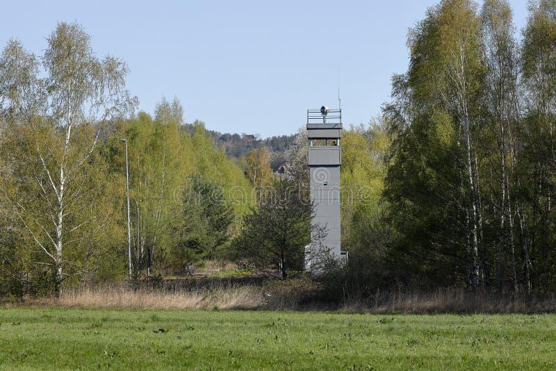 Сторожевая башня внутренн-немецкой границы стоковая фотография