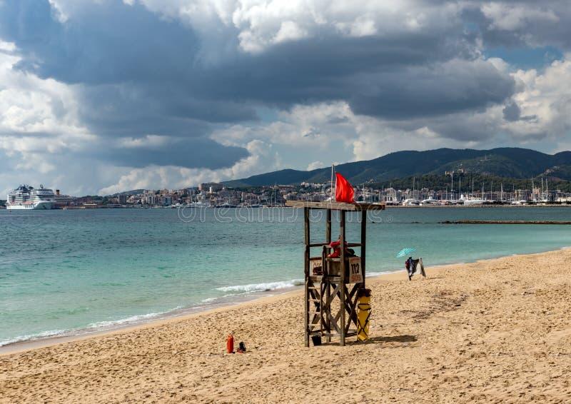 Сторожевая башня на пляже - Мальорка личной охраны, Испания стоковые фото