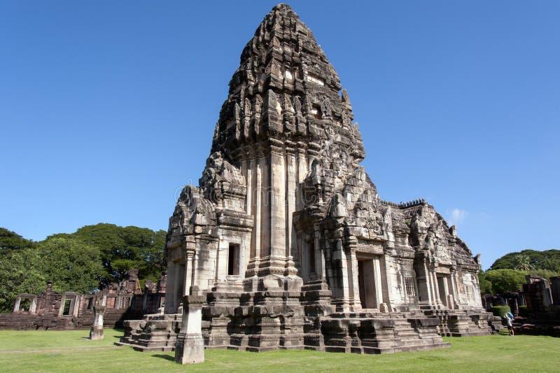 Сторона главного prang, главным образом башня в парке phimai историческом стоковое изображение