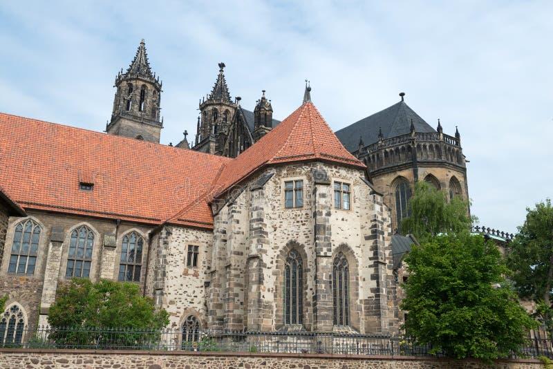 Сторона реки собора Магдебурга стоковое фото