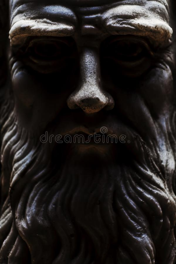 Сторона сильного светлого прифронтового взгляда Леонардо Да Винчи вся стоковые фотографии rf