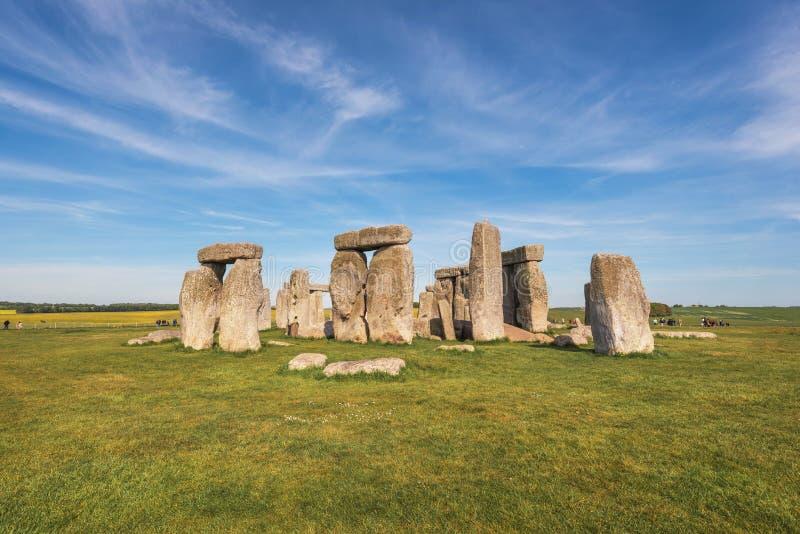 Стоунхендж старый доисторический каменный памятник около Солсбери, Великобритания, место всемирного наследия ЮНЕСКО стоковая фотография rf