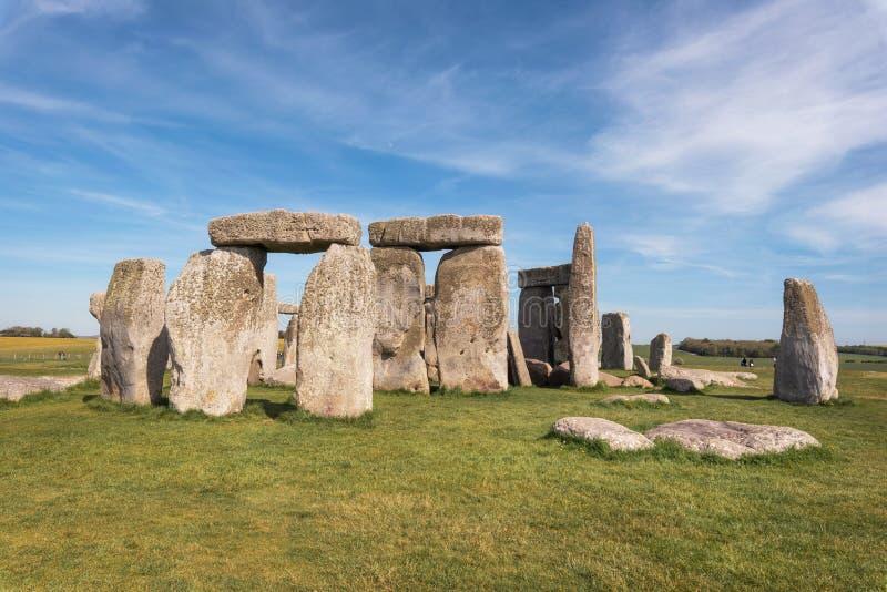 Стоунхендж старый доисторический каменный памятник около Солсбери, Великобритания, место всемирного наследия ЮНЕСКО стоковые фото