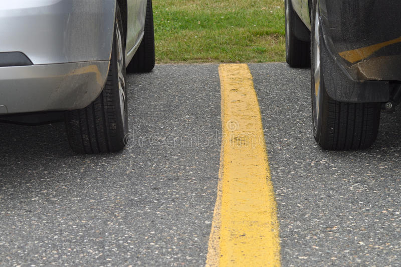 стоянка автомобилей серии стоковое изображение rf