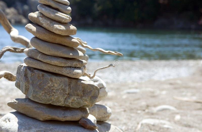 стоящие камни стоковое изображение