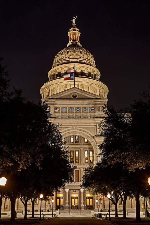 Столица государства Техаса на ноче стоковые фото