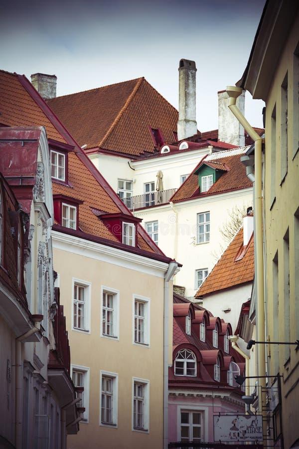 Столица Таллина городка Эстонии средневекового старого стоковое фото