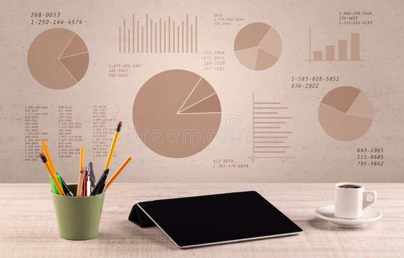 Стол офиса диаграммы долевой диограммы стоковое фото rf
