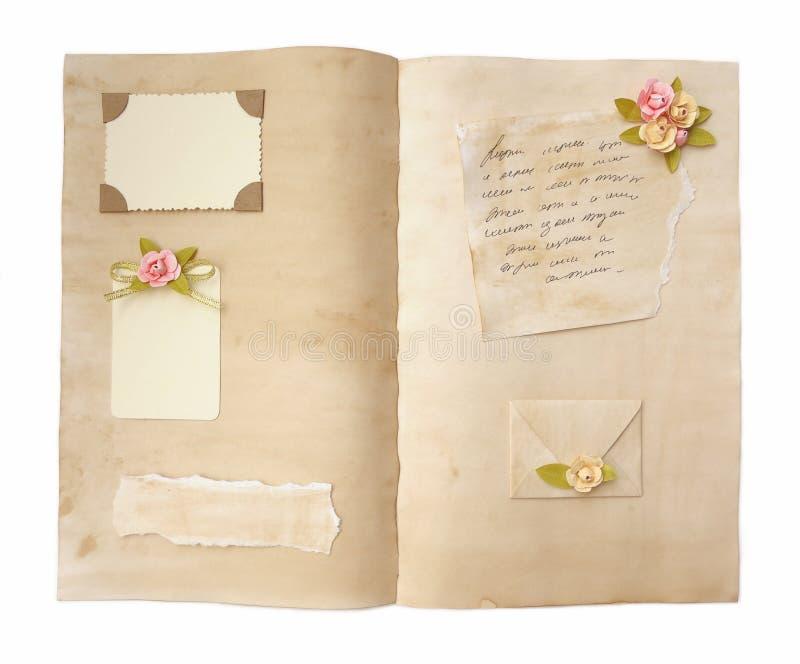 Страницы дневника года сбора винограда открытые стоковое изображение