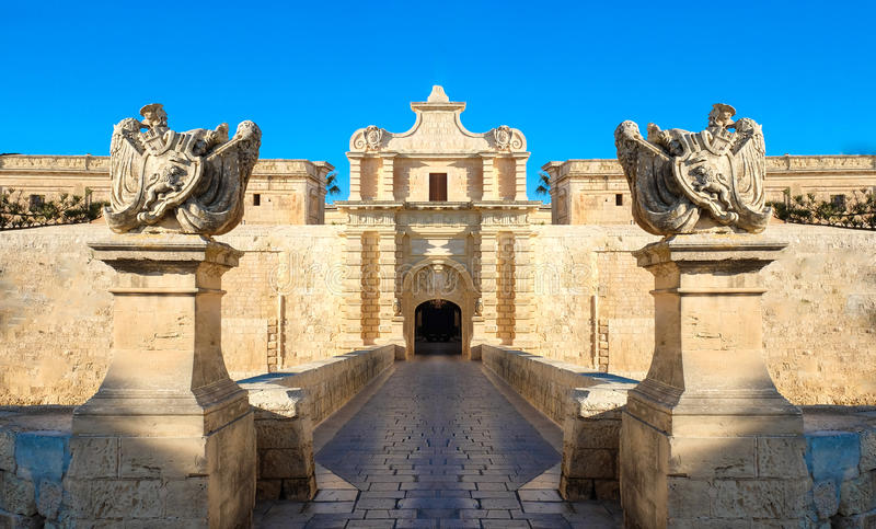 Стробы города Mdina крепость старая malta стоковые изображения rf