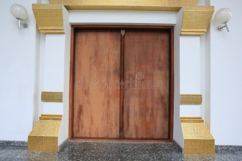 Строб виска или традиционное измерение двери стоковые фото