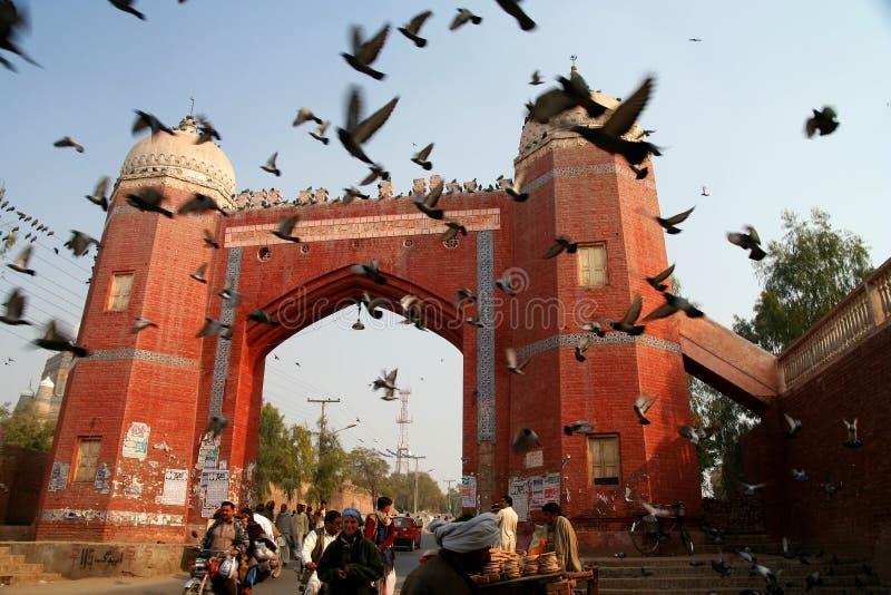 Строб городка Multan старый стоковые фото