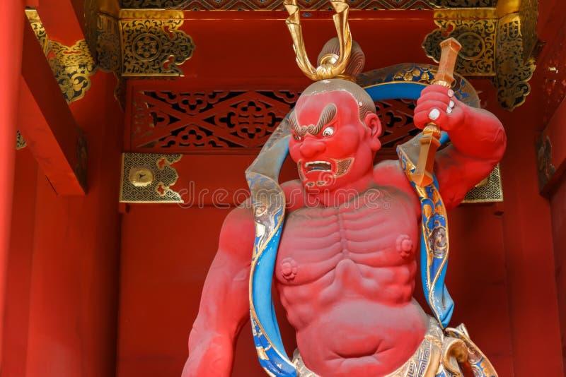 строб на Taiyuinbyo - мавзолей Nio-понедельника Tokugawa Iemitsu в Nikko стоковая фотография rf