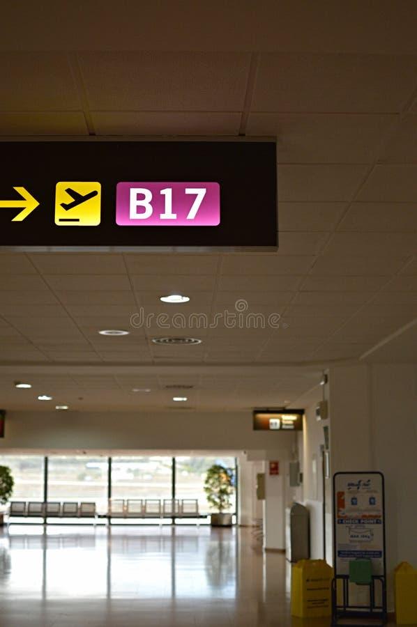 Строб отклонения авиапорта в Малаге стоковая фотография rf