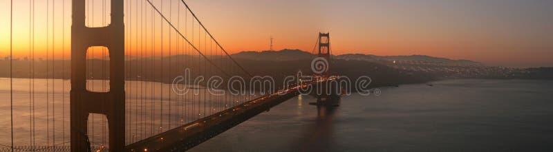 строб рассвета моста золотистый стоковое фото rf