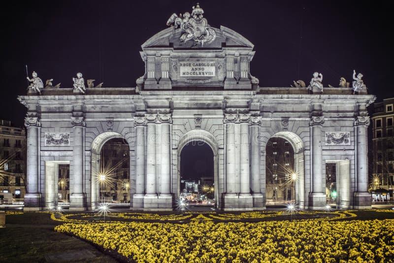 Строб Alcala ¡ Puerta de Alcalà стоковая фотография