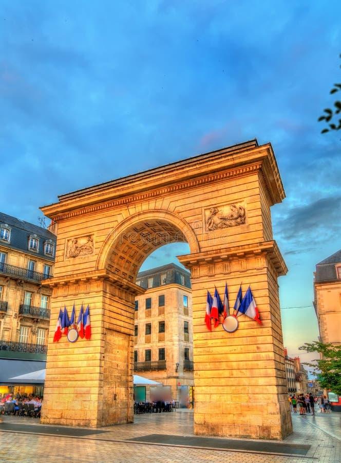 Строб Guillaume на заходе солнца в Дижоне, Франции стоковая фотография rf