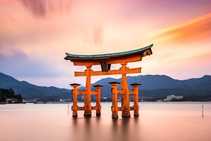 Строб Miyajima в Японии стоковое изображение
