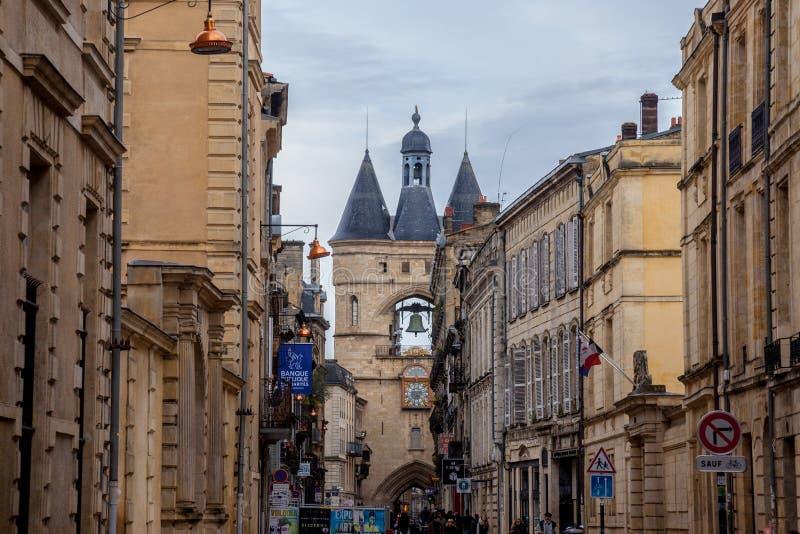 Строб Porte St James St James также известный как Cloche большой колокол Grosse в центре города Бордо стоковые фото