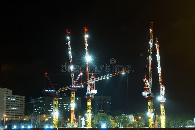 Строительная площадка высокого здания подъема стоковая фотография