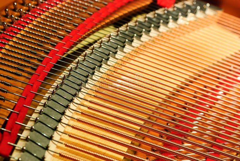 Строка детали рояля стоковая фотография