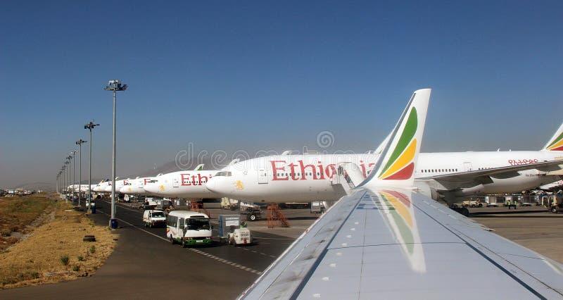 Строка самолетов в Аддис-Абеба стоковое фото