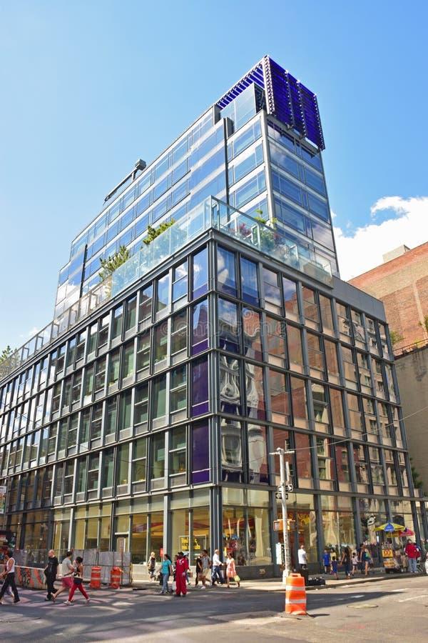Строящ 463 Бродвей Нью-Йорк которое расквартировывают Wells Fargo стоковые фото
