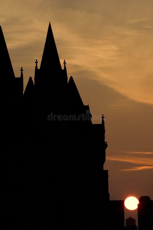 Download строя готский восход солнца Стоковое Изображение - изображение насчитывающей перемещение, урбанско: 479575
