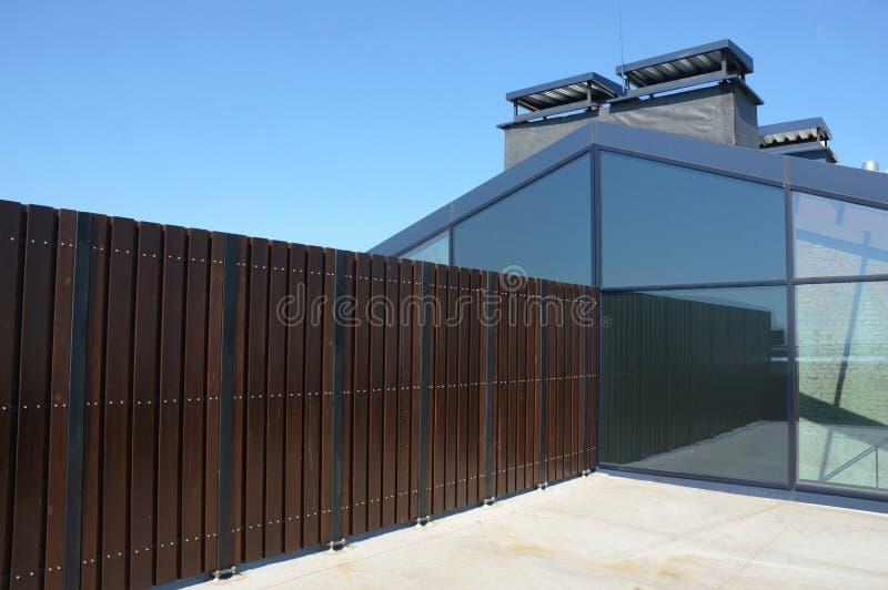 Строя современные консерватория или wintergarden дома стоковое изображение