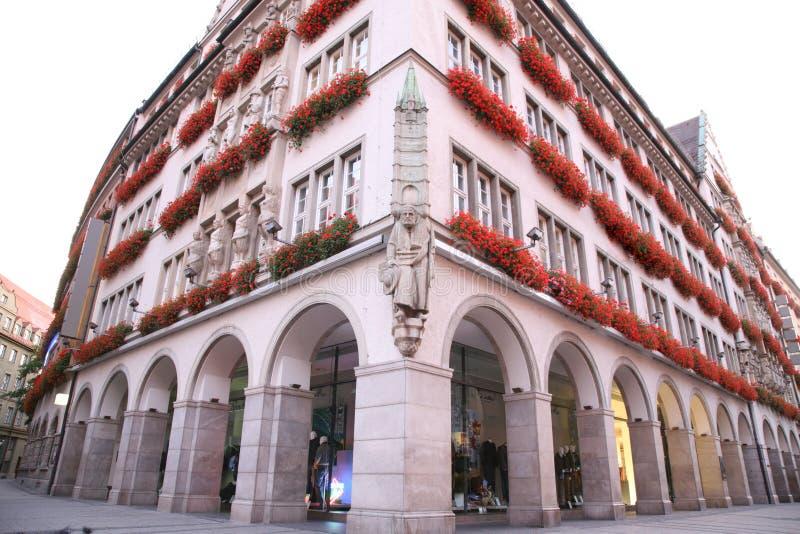 строя украшенные цветки Германия munich стоковое фото rf