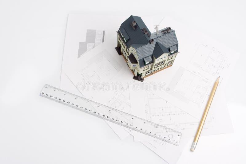 строя mock дома конструкции будущий вверх стоковые изображения rf