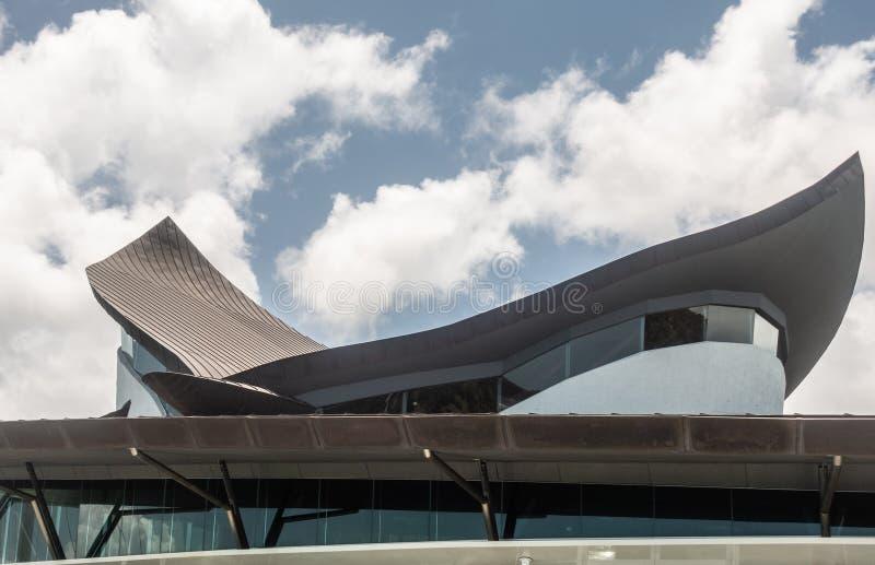 Структура крыши иконического дома яхт-клуба, острова Гамильтона, Австралии стоковая фотография rf