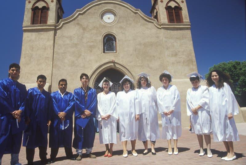 Студент-выпускники средней школы стоковое фото