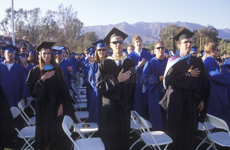 Студент-выпускники средней школы стоковое изображение