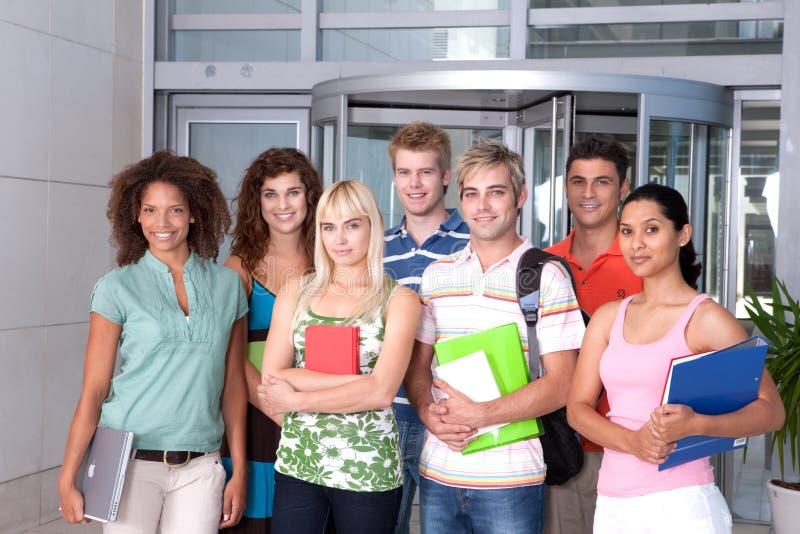 студент портрета группы счастливый стоковое фото